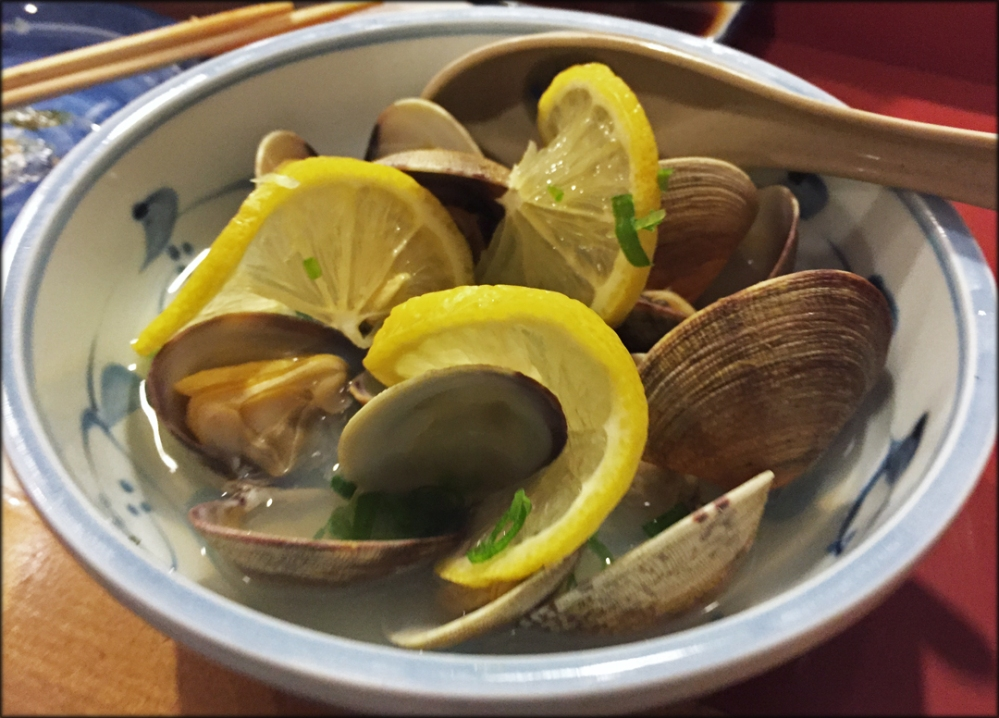 Miko-Sake-Steamed-Clams